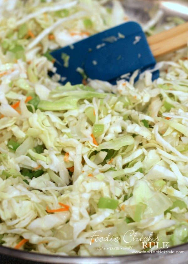 Cabbage, Rice and Chicken - Stir Fry Cabbage - #recipe #healthy foodiechicksrule.com