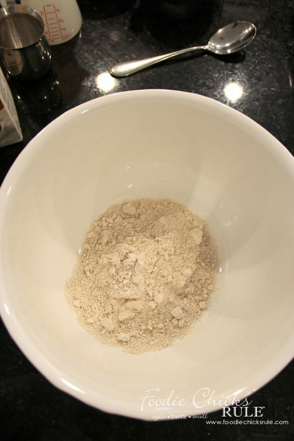 Ground Oats & Spelt Pancakes - Ground Oats - #pancakes #groundoatmeal #spelt #foodiechicksrule foodiechicksrule.com