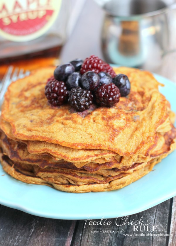 Ground Oats & Spelt Pancakes - Healthier Pancakes - #pancakes #breakfast #groundoatmeal #spelt #foodiechicksrule foodiechicksrule.com
