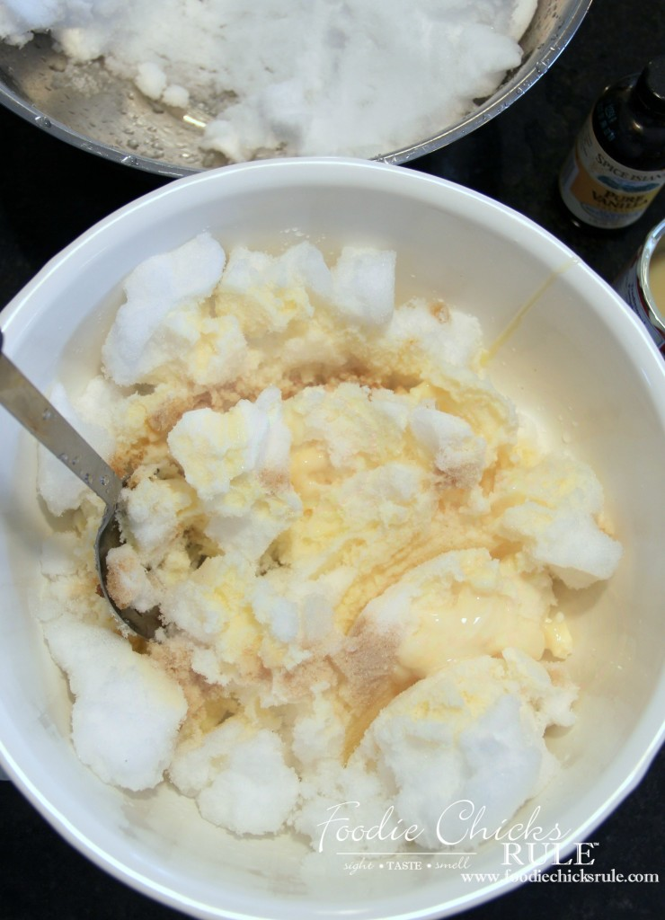 Snow Cream - Fresh Snow, Milk and Sugar - #snowcream #recipe foodchicksrule.com