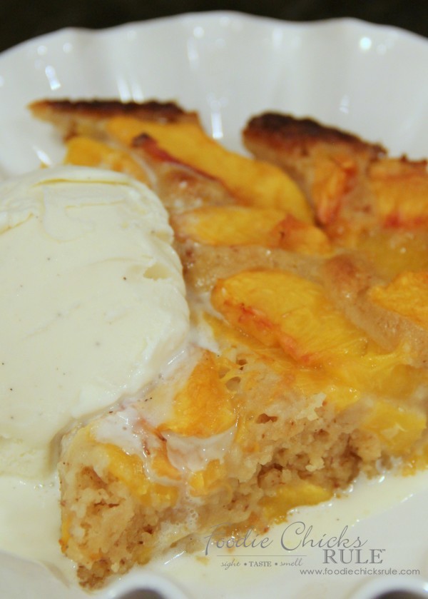 Gluten Free Peach Cobbler - Quick and Easy Dessert - #peach #cobbler #glutenfree foodiechicksrule