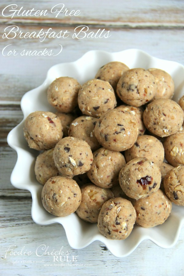 Gluten Free Healthy Breakfast Balls (and snacks) - easy! #glutenfree foodiechicksrule