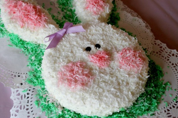 Bunny Cake - Mom Spotted