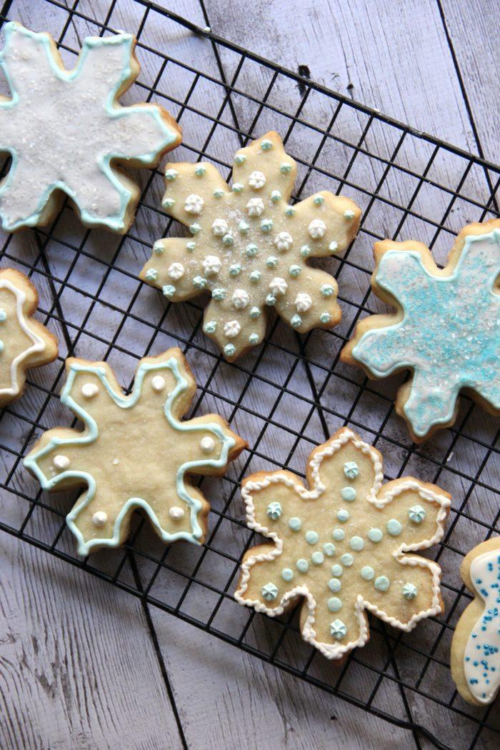 Best Shortbread Cookie Recipe ..... EVER!!!! Really!!! foodiechicksrule.com #shortbreadcookies #shortbreadrecipe #bestshortbread