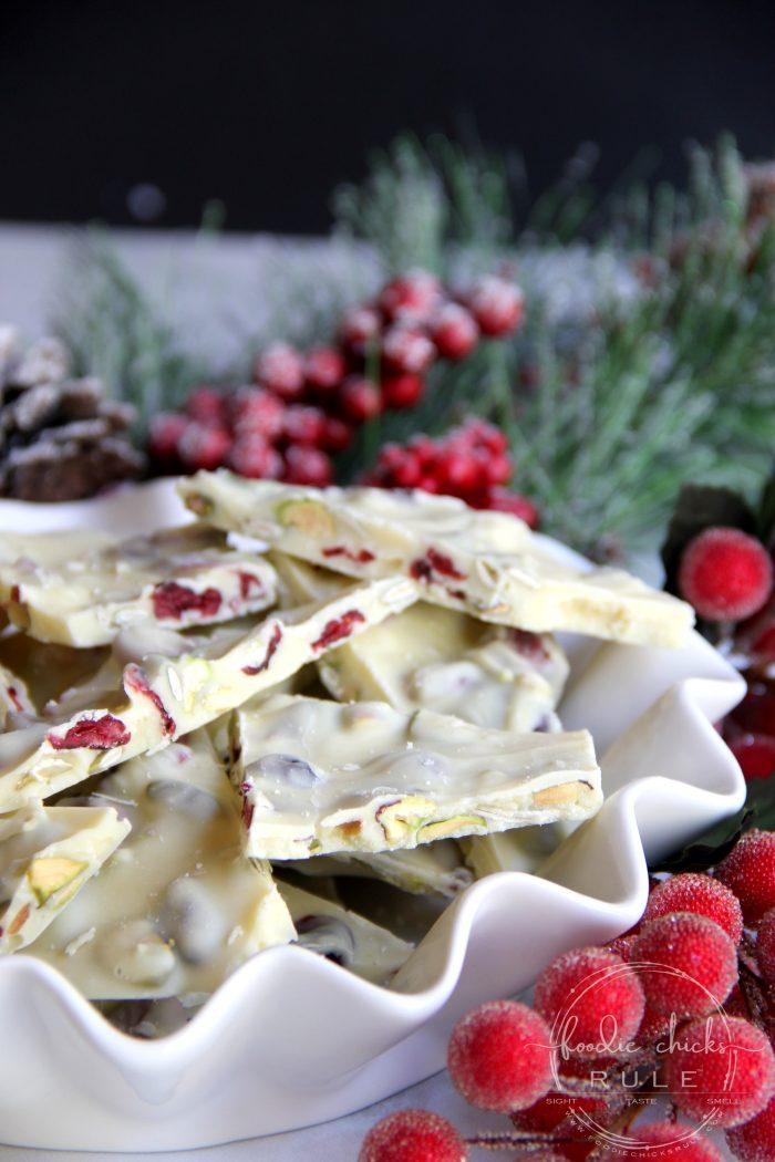White Chocolate Cranberry & Pistachio Bark foodiechicksrule.com #holidaydesserts #Christmasdesserts #whitechocolatecranberrypistachio #pistachiodesserts #whitechocolatebark
