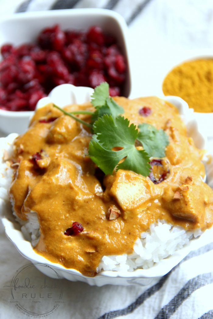 Instant Pot Chicken Korma - so quick and easy!! foodiechicksrule.com #instantpot #instantpotdinnerrecipes #instantpotrecipes #instantpotchickenkorma