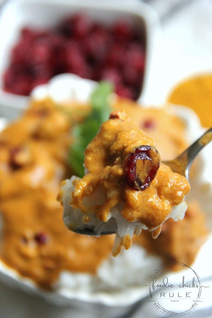 Instant Pot Chicken Korma - so quick and easy!! foodiechicksrule.com #instantpot #instantpotdinnerrecipes #instantpotrecipes #instantpotchickenkorma