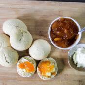 Simple Scone Recipe (quick & delicious!)